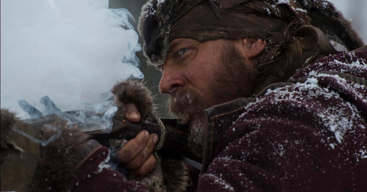 tom hardy è la nemesi di the revenant e spara co nun fucile, nel freddo del nord america - nerdface