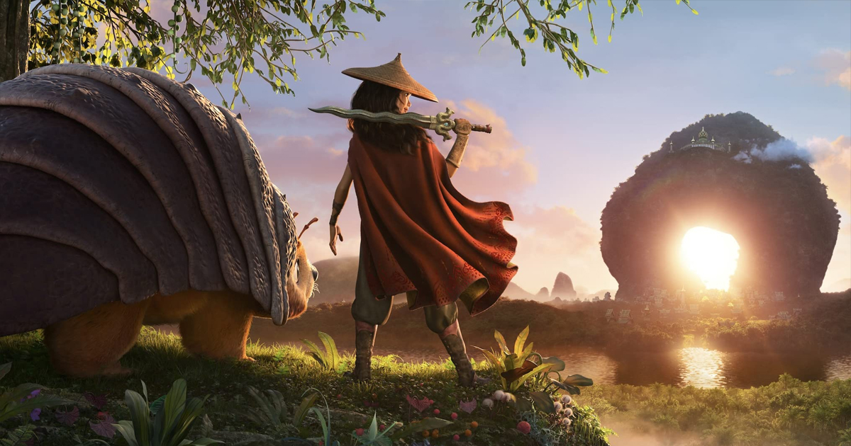 Raya e l'ultimo drago di spalle mentre osservano il tramonto.