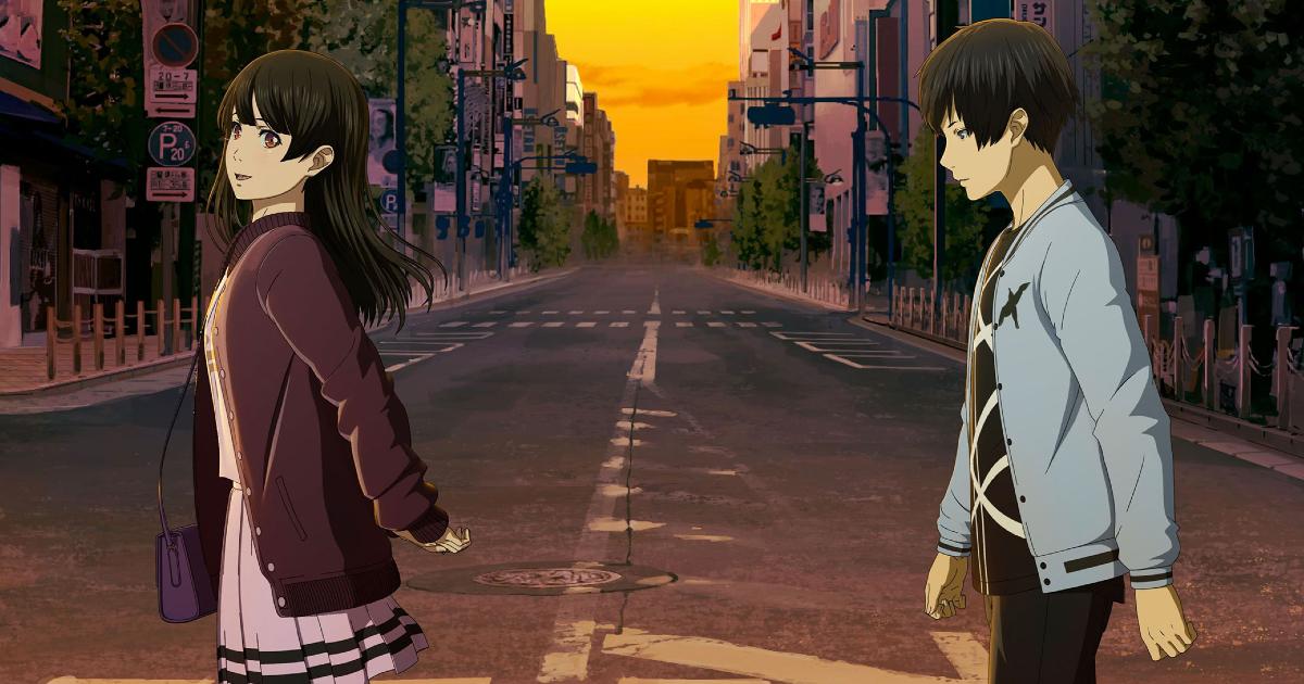 i due protagonisti di anche se il mondo finisse domani attraversano la strada: le è sorridente, lui pensieroso - nerdface