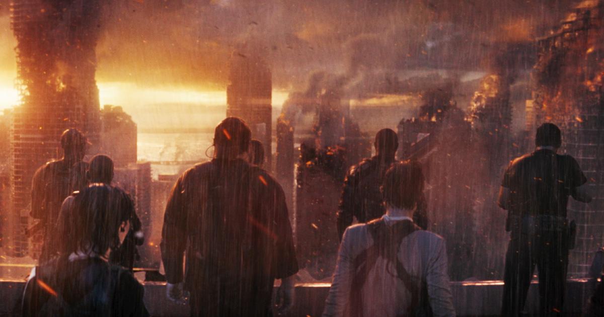 i soldati del passato sono appena arrivati sul tetto di un grattacielo e guardano la città devastata - nerdface