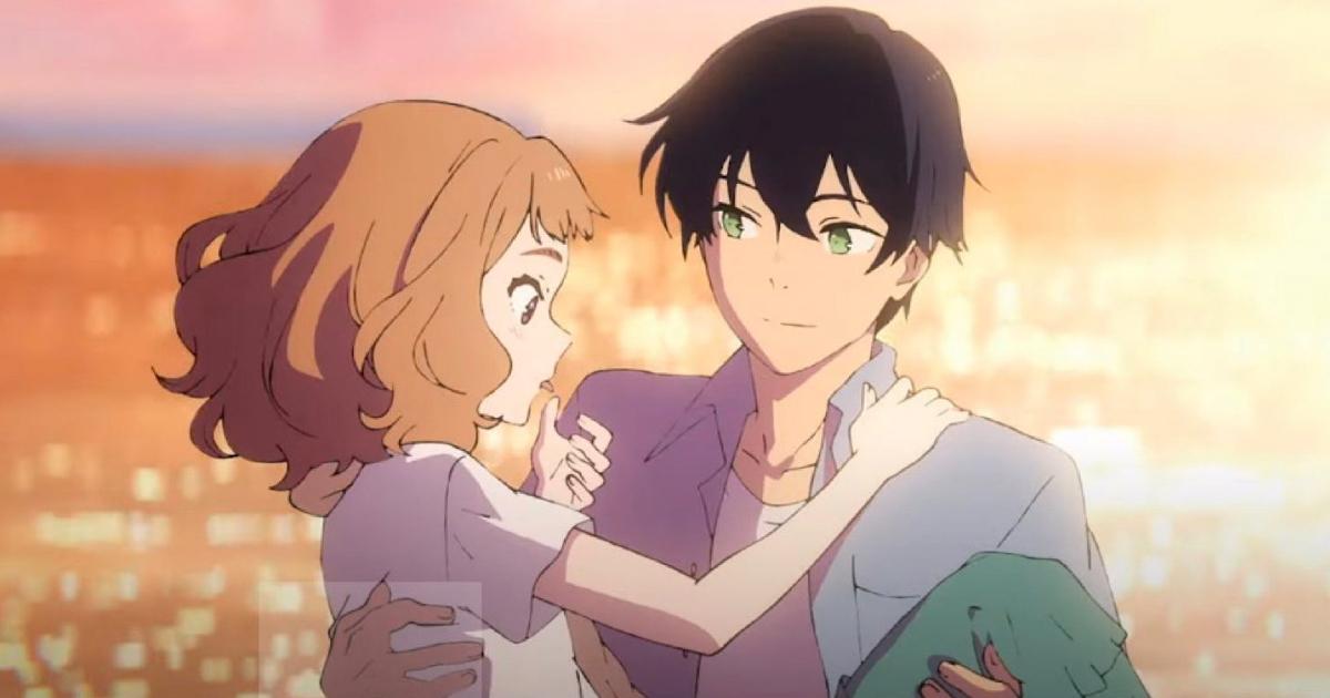 il ragazzo tiene in braccio la ragazza, sullo sfondo di un romantico tramonto - nerdface