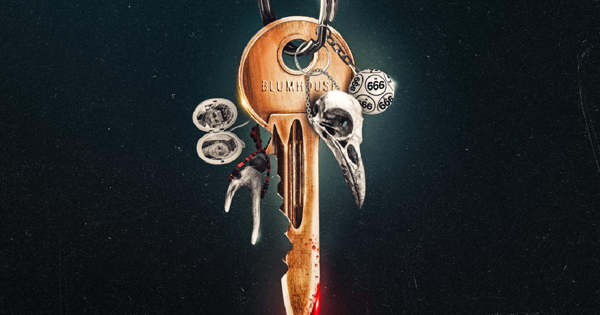 il dettaglio della chiave insanguinata del poster di welcome to the blumhouse - nerdface