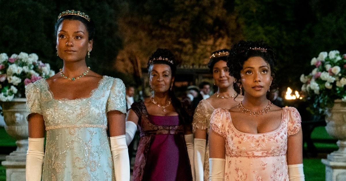 Bridgerton 2. Da destra a sinistra le nuove protagoniste: Kate Sharma, Mary Sharma, Edwina Sharma