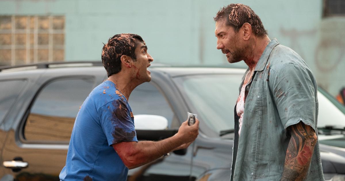 stu e dave bautista litigano davanti al taxi e stu è ricoperto di roba non identificabile - nerdface