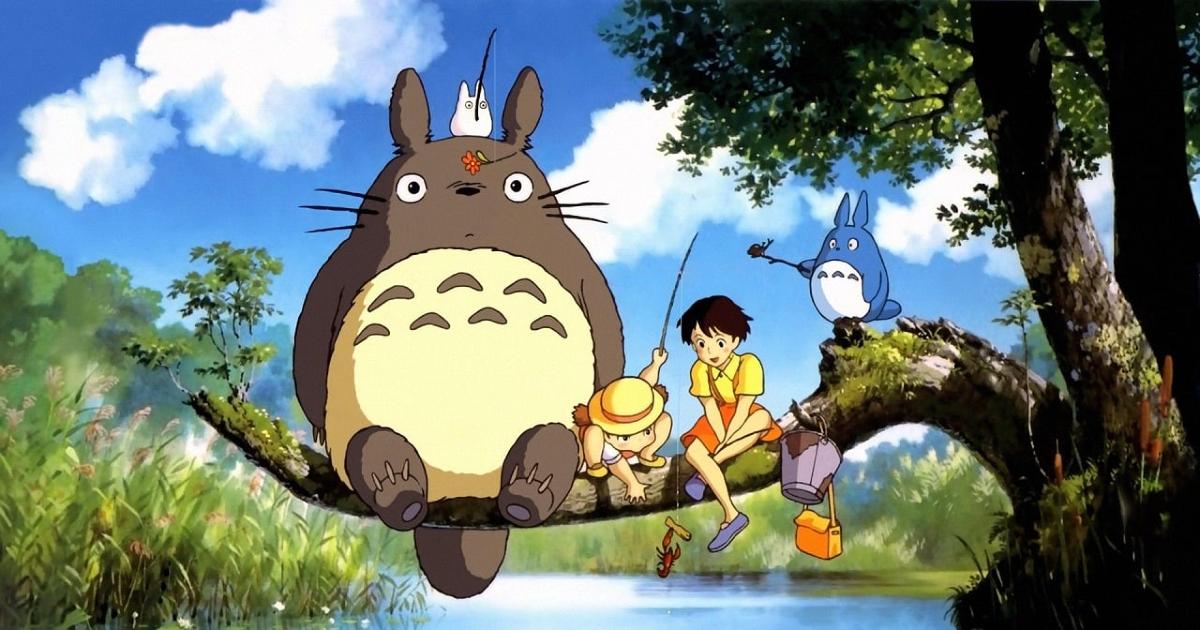 tororo e i suoi due nuovi amici sono seduti su un ramo sopra un lago - nerdface