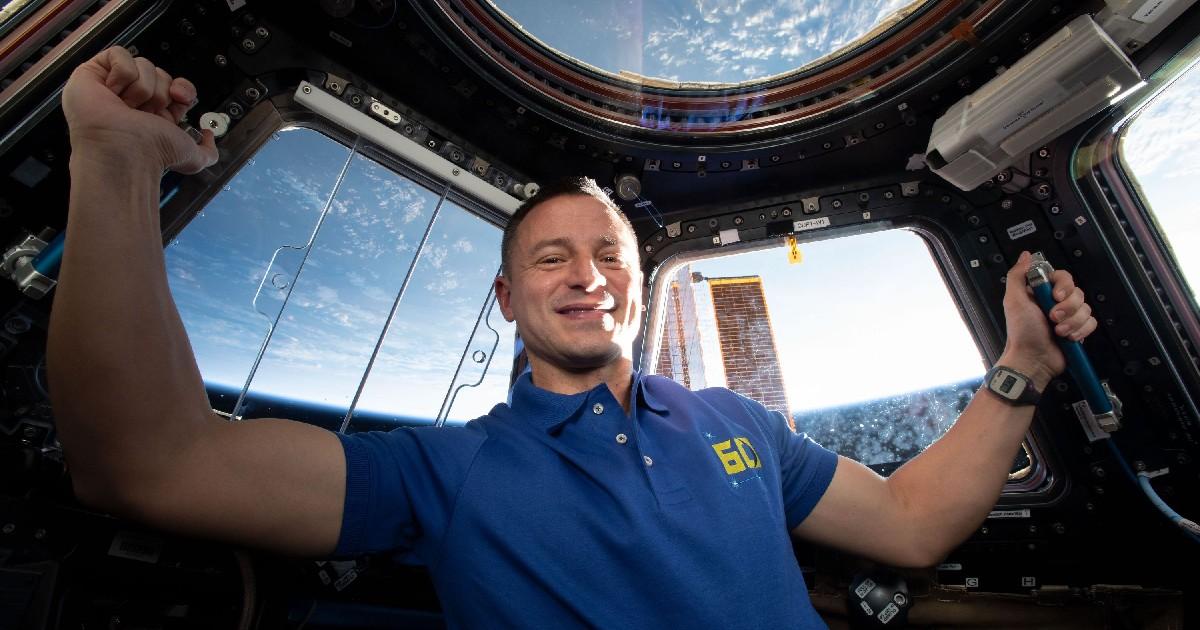 Un astronauta - nerdface