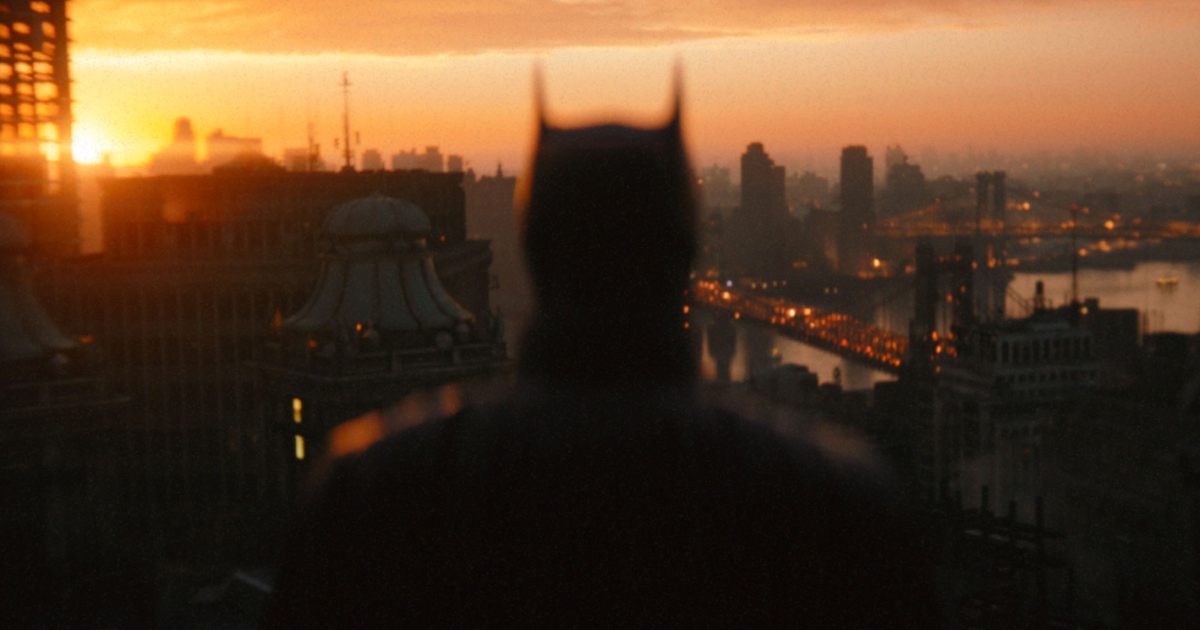 batman osserva l'alba - nerdface