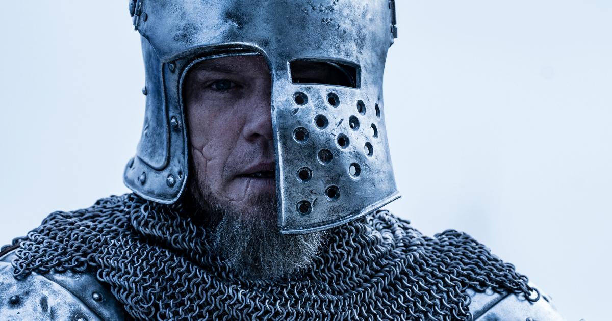 il primo piano di matt damon in armatura medioevale - nerdface